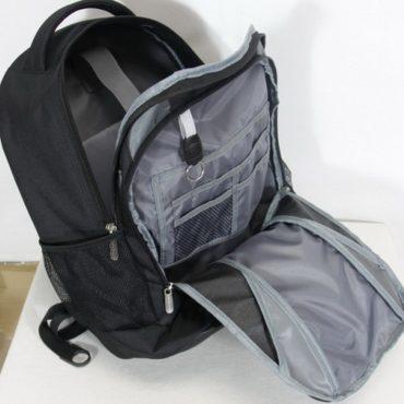 Mochila Bluecase para laptop hasta 15.6″
